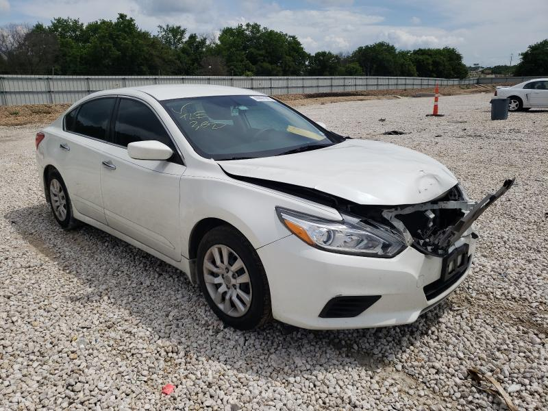 Salvage cars for sale from Copart New Braunfels, TX: 2016 Nissan Altima 2.5
