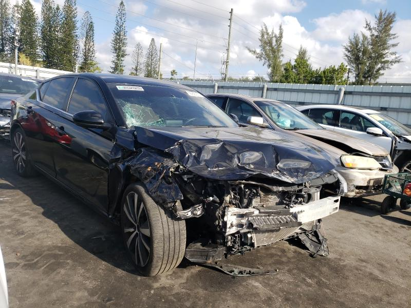 Salvage cars for sale from Copart Miami, FL: 2020 Nissan Altima SR