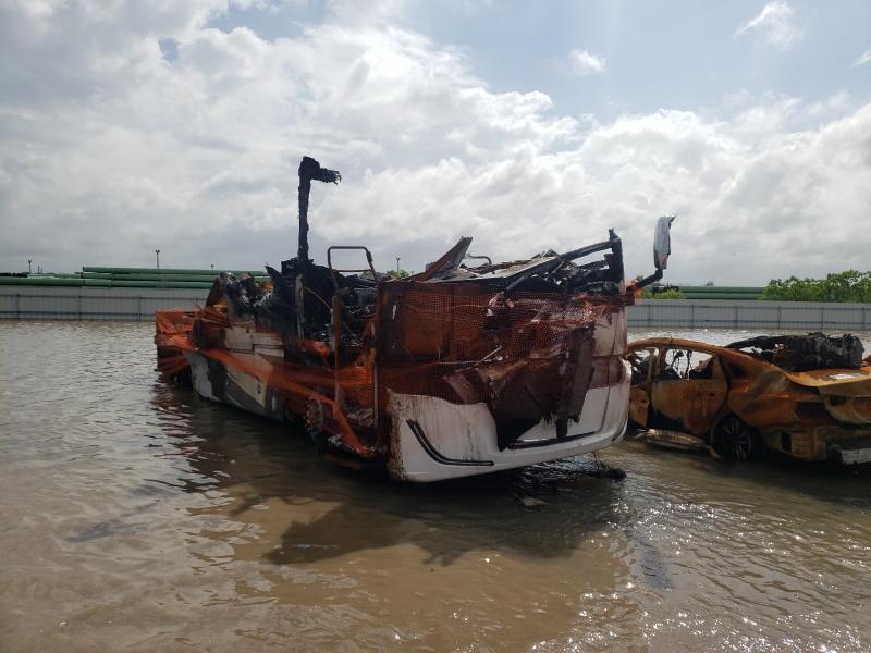 Salvage trucks for sale at Houston, TX auction: 2020 Tiffin Motorhomes Inc Allegro BA