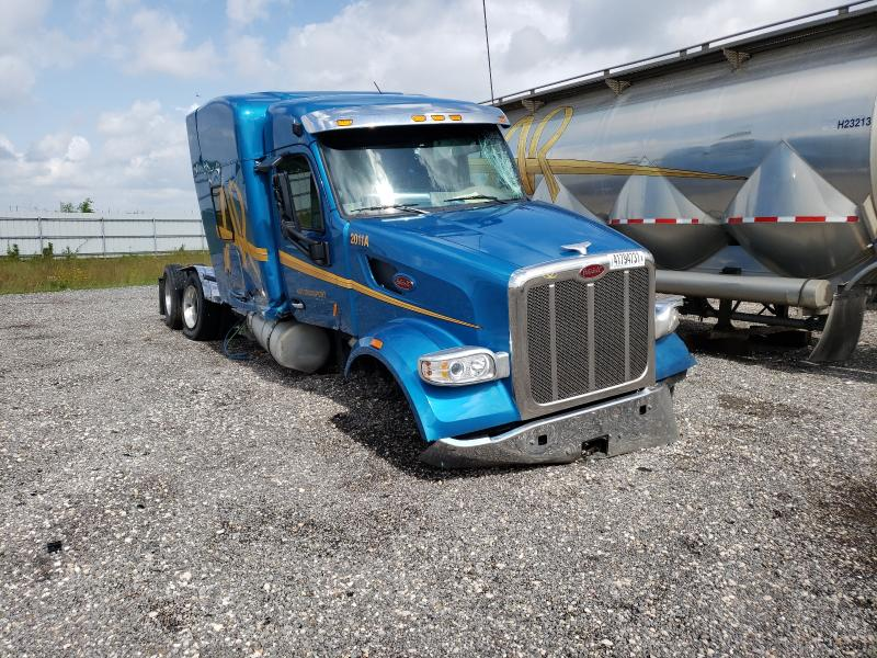 Salvage cars for sale from Copart Houston, TX: 2020 Peterbilt 567