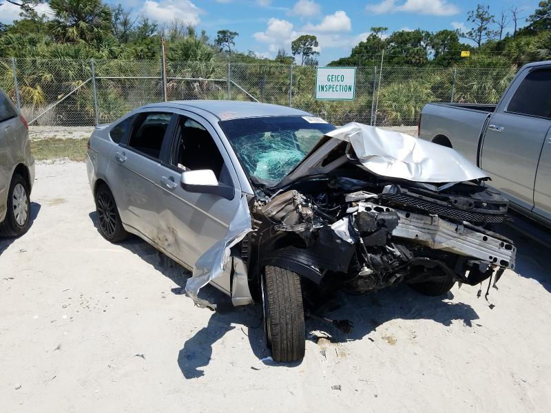 Salvage cars for sale from Copart Fort Pierce, FL: 2010 Ford Focus SES