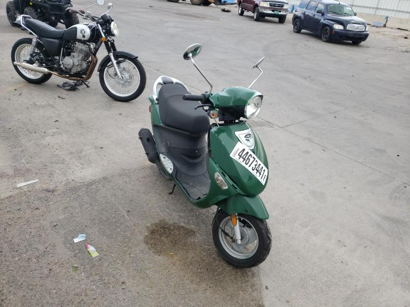 Salvage cars for sale from Copart Littleton, CO: 2008 Genuine Scooter Co. Buddy 50