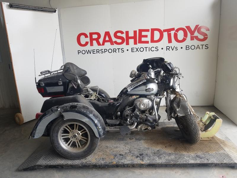 Salvage cars for sale from Copart Kansas City, KS: 2013 Harley-Davidson Flhtcutg T