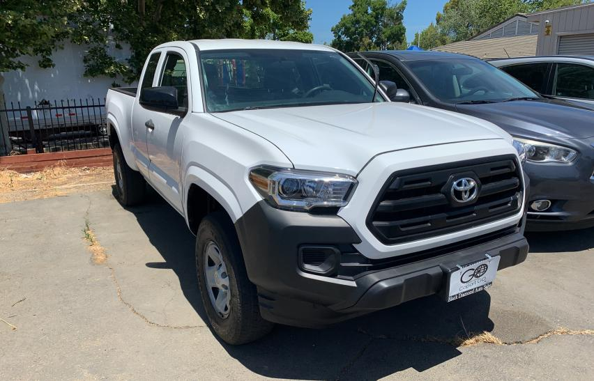 Salvage cars for sale from Copart Sacramento, CA: 2017 Toyota Tacoma ACC