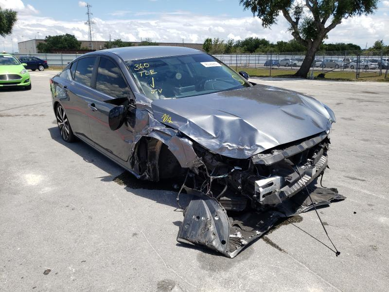 Salvage cars for sale from Copart Orlando, FL: 2019 Nissan Altima SR