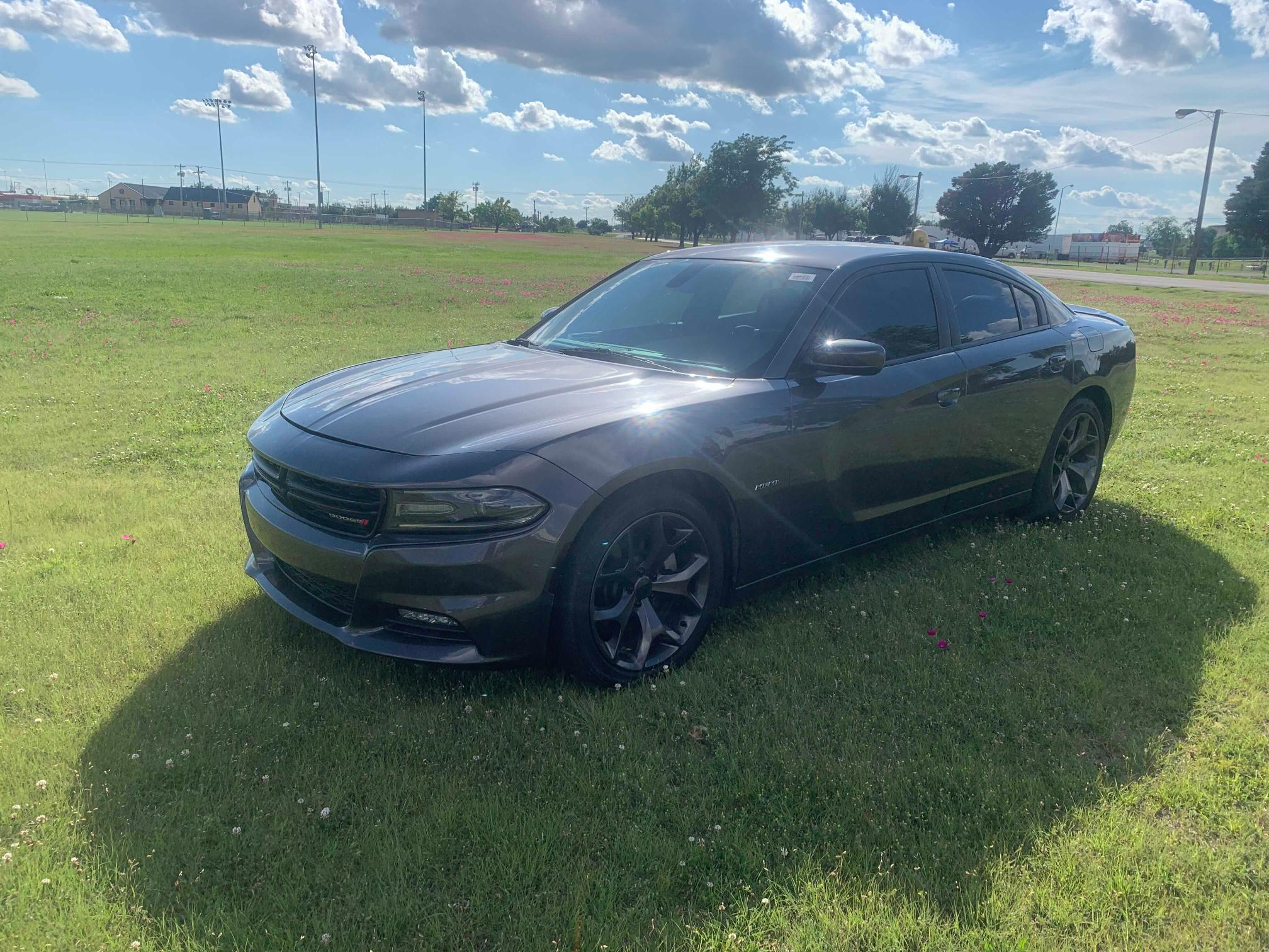 DODGE CHARGER 2018 1