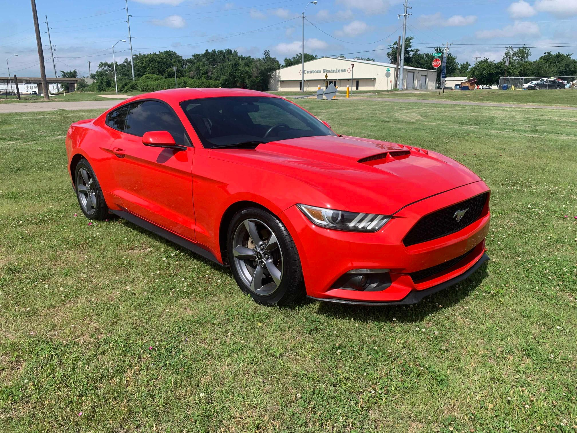 FORD MUSTANG 2015 0