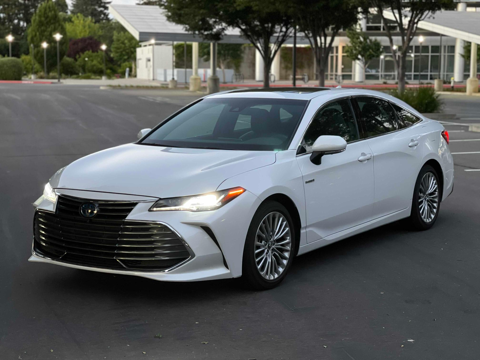 Salvage cars for sale from Copart Antelope, CA: 2020 Toyota Avalon LIM