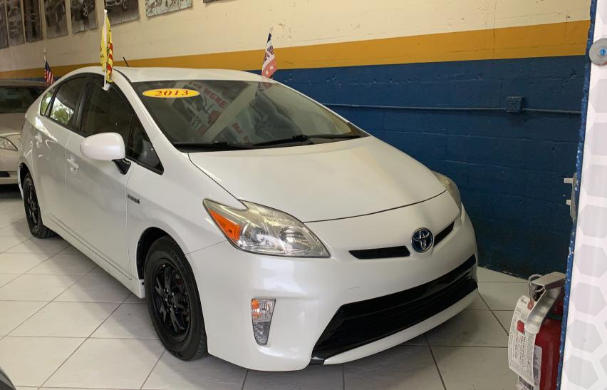 Salvage cars for sale from Copart Homestead, FL: 2013 Toyota Prius