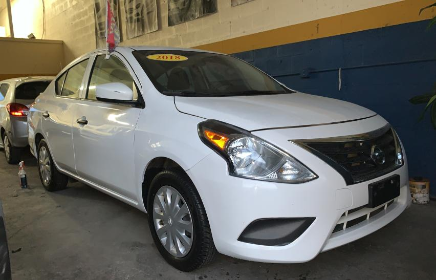 Salvage cars for sale from Copart Homestead, FL: 2018 Nissan Versa S