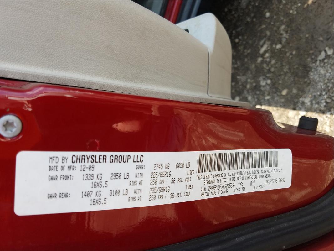 2010 CHRYSLER TOWN & COU 2A4RR4DEXAR215283