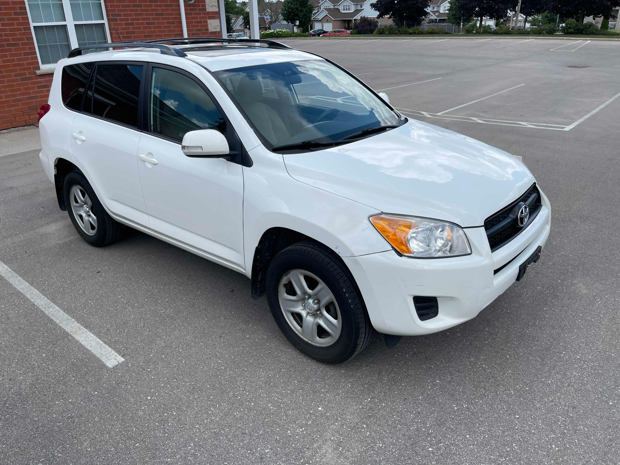 Salvage cars for sale from Copart Bowmanville, ON: 2012 Toyota Rav4