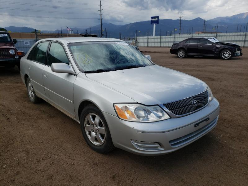 Salvage cars for sale from Copart Colorado Springs, CO: 2000 Toyota Avalon