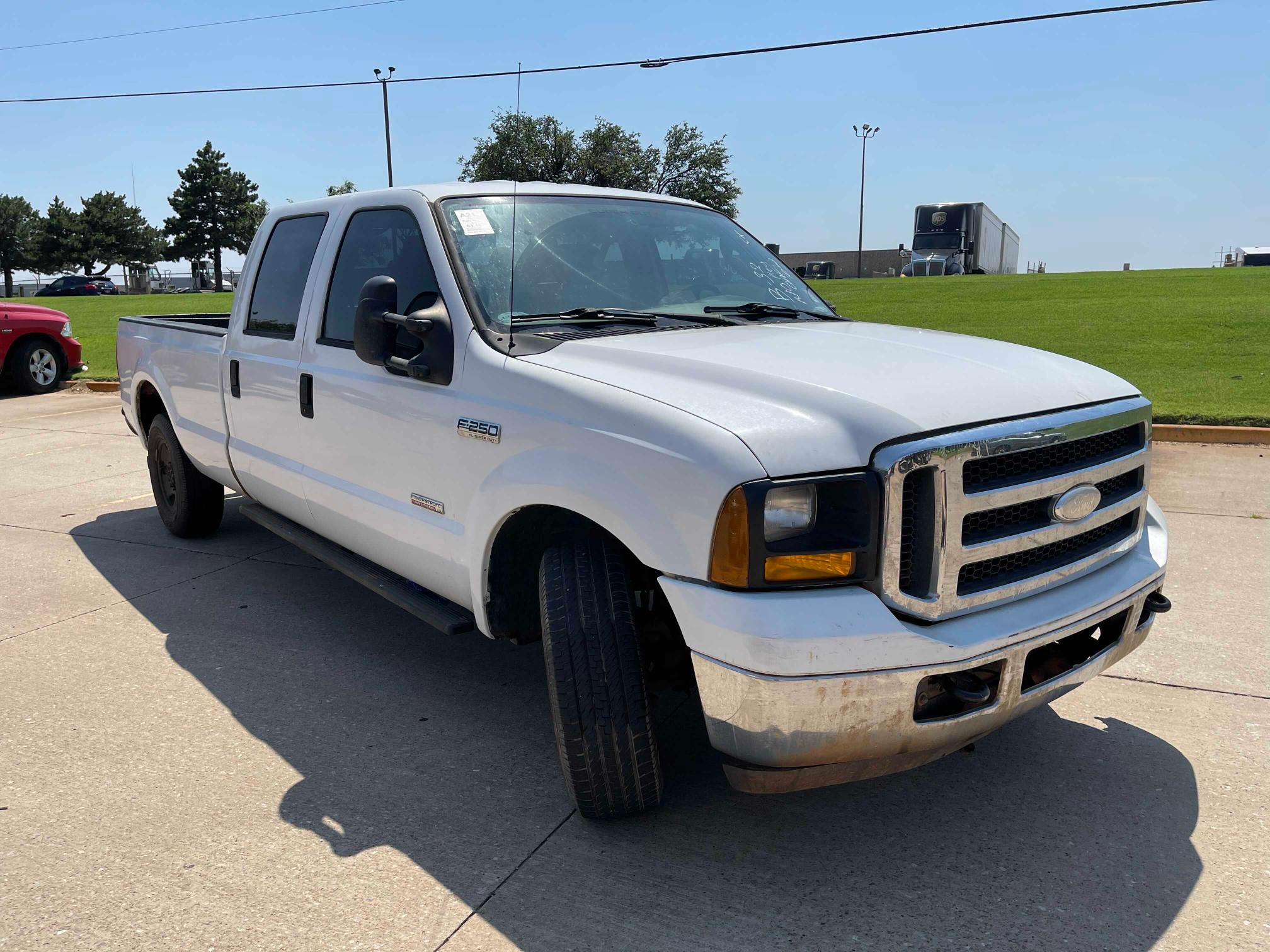 Salvage cars for sale from Copart Oklahoma City, OK: 2006 Ford F250 Super