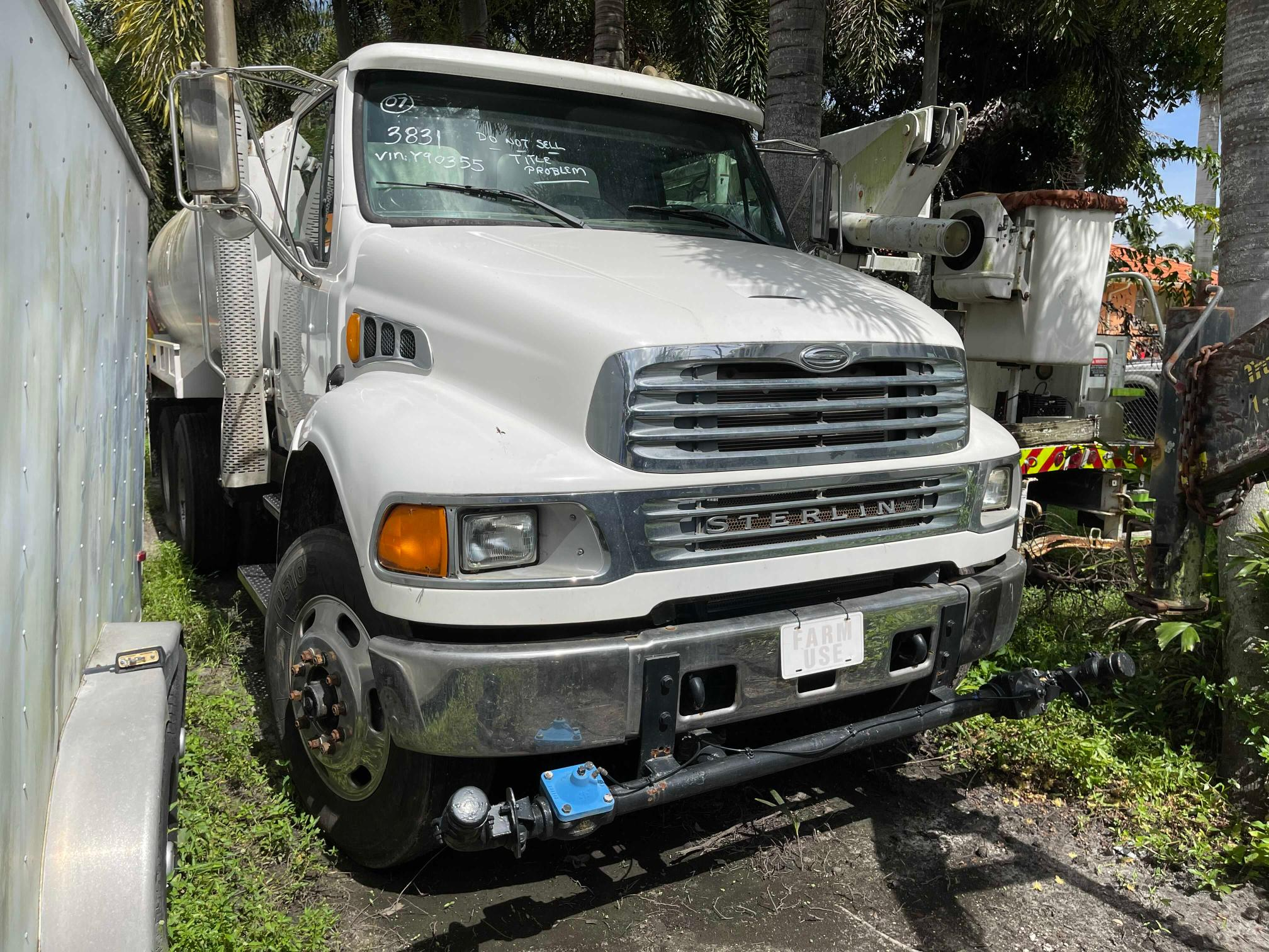 Salvage cars for sale from Copart Opa Locka, FL: 2007 Sterling Acterra