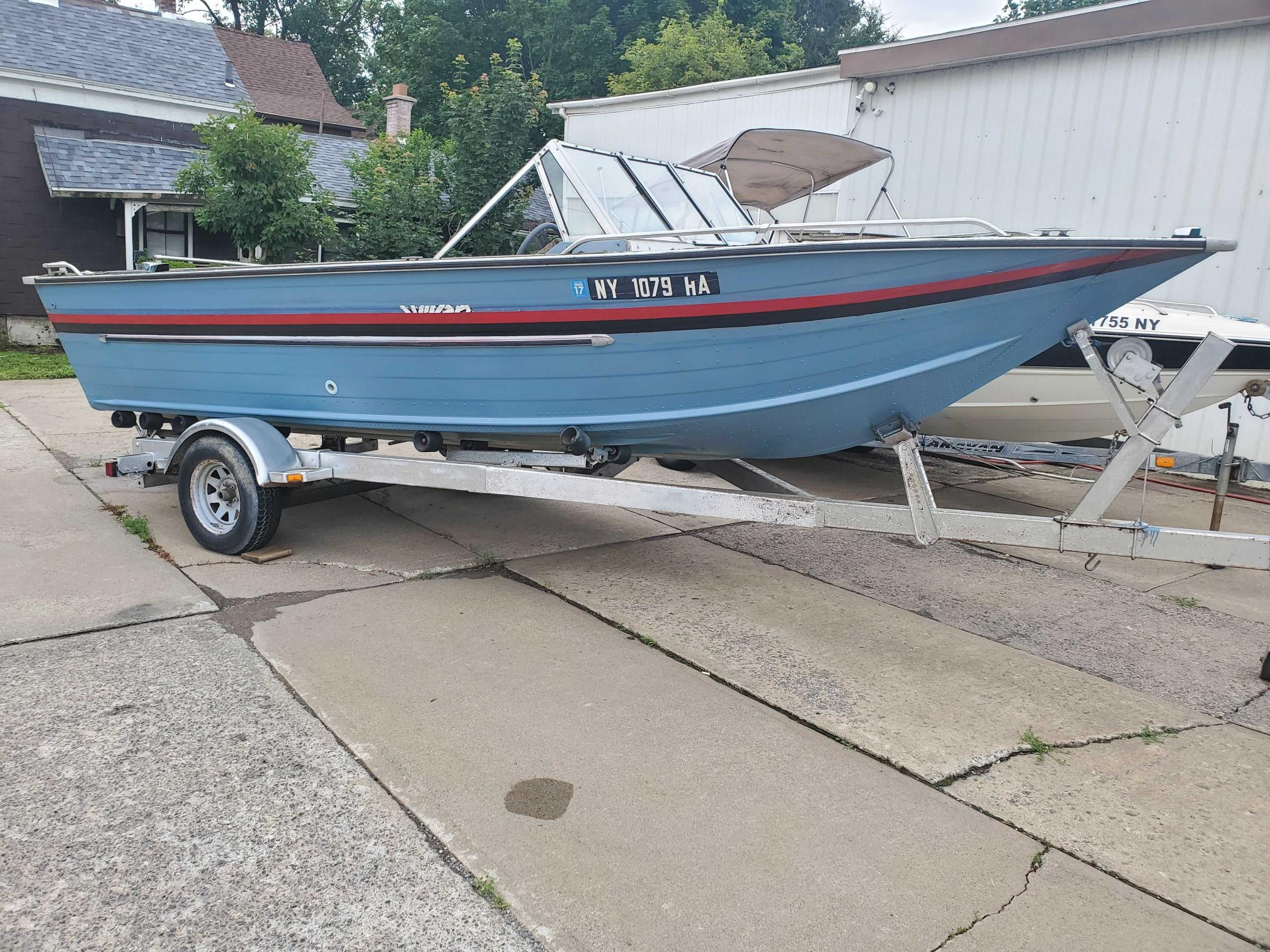Salvage cars for sale from Copart Central Square, NY: 1987 Sylvan Boat Trail