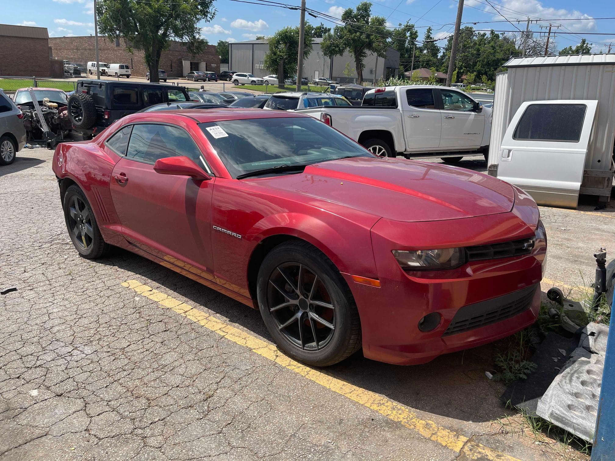 Vehiculos salvage en venta de Copart Oklahoma City, OK: 2015 Chevrolet Camaro LT