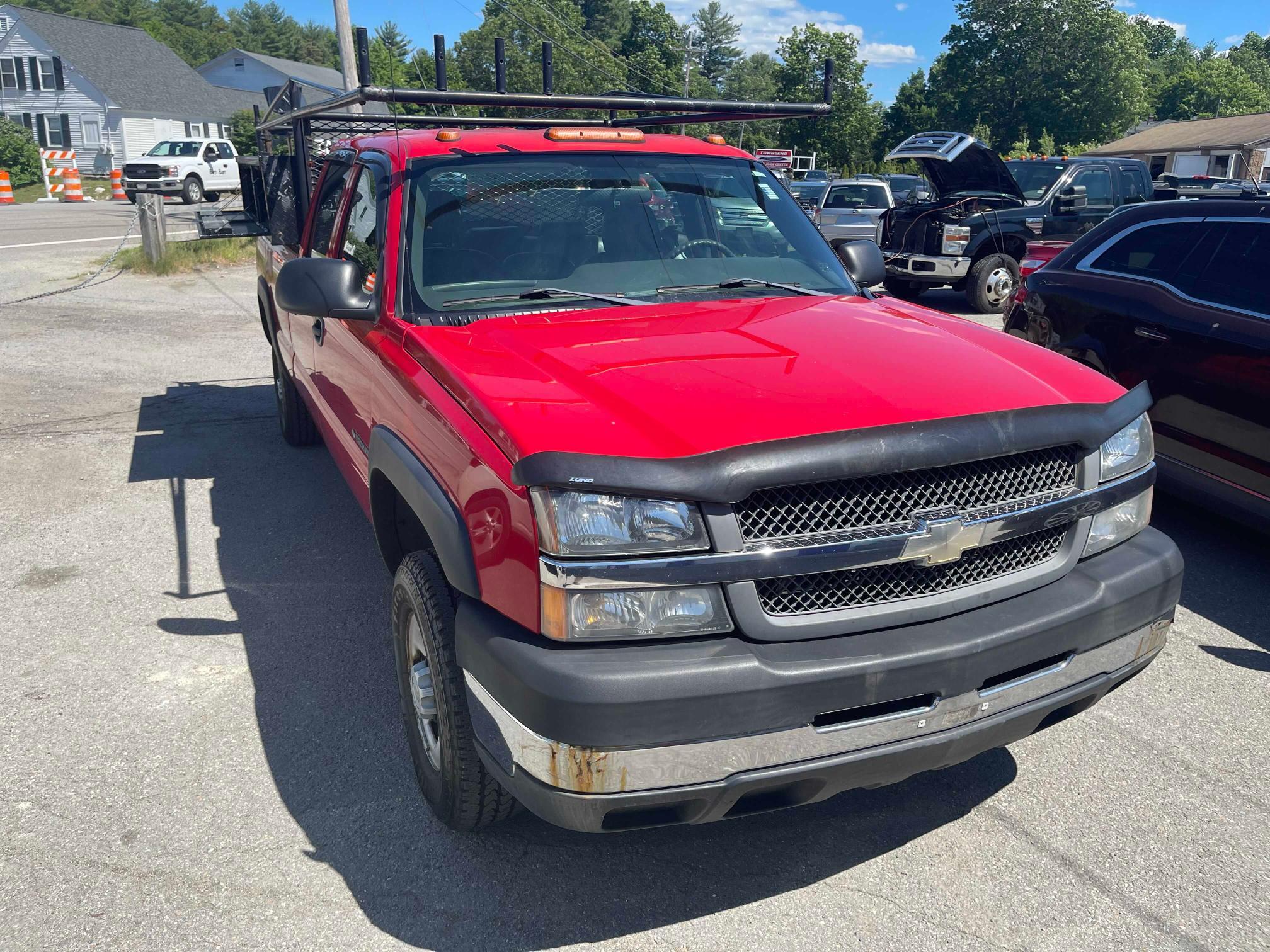 2004 Chevrolet Silverado en venta en West Warren, MA