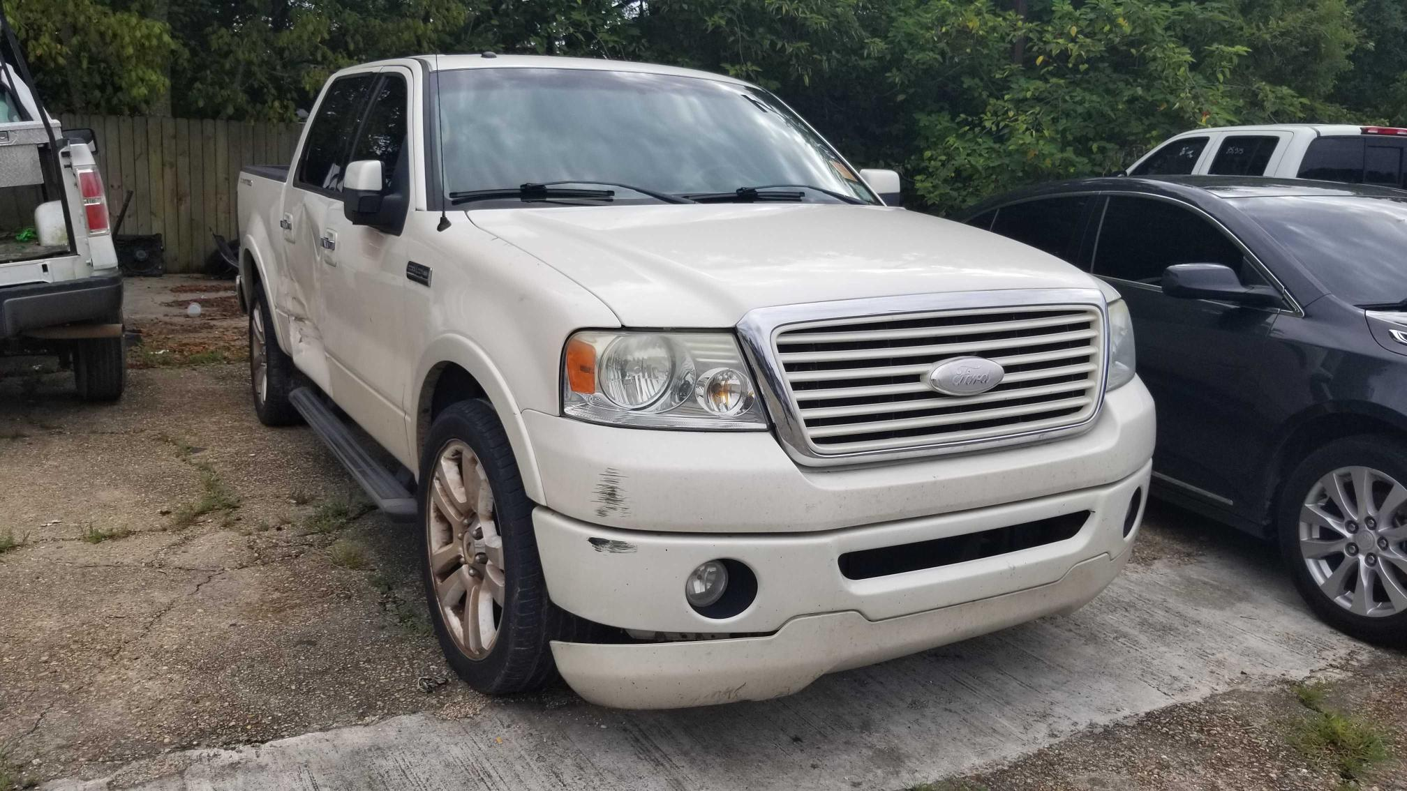 Salvage trucks for sale at Greenwell Springs, LA auction: 2008 Ford F150 Super