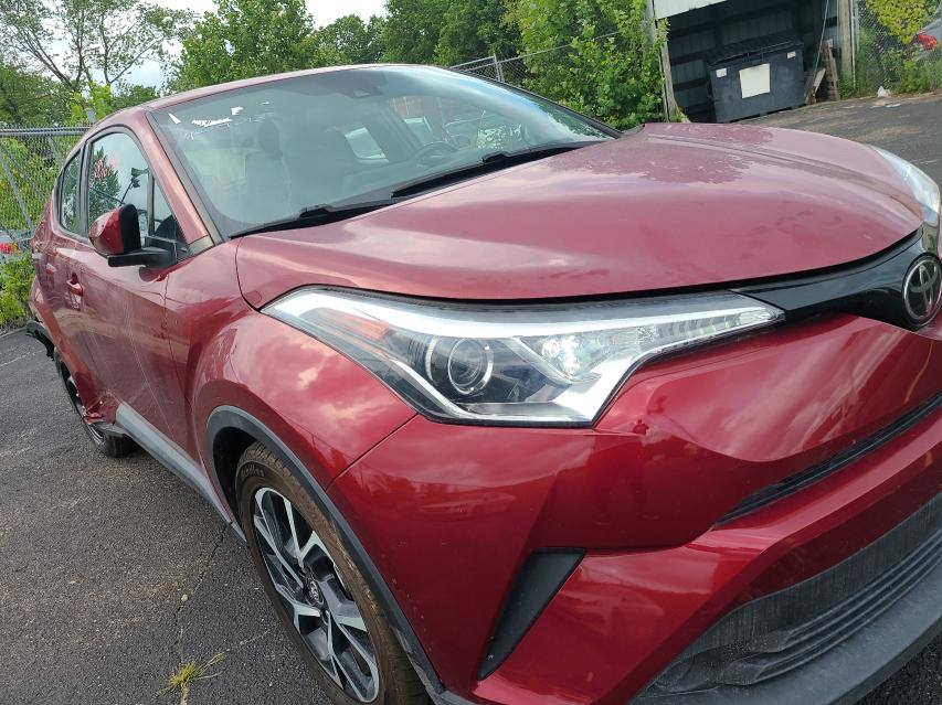 Vehiculos salvage en venta de Copart Columbus, OH: 2018 Toyota C-HR XLE