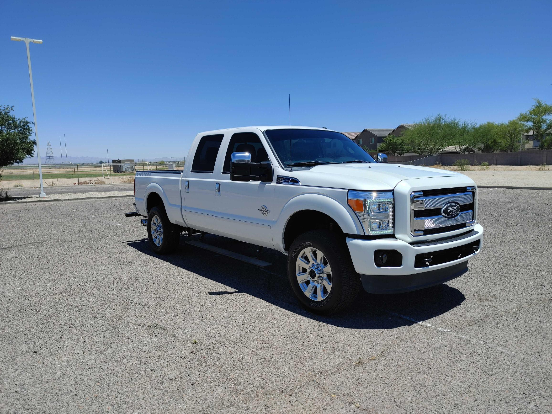 Salvage cars for sale from Copart Phoenix, AZ: 2014 Ford F250 Super