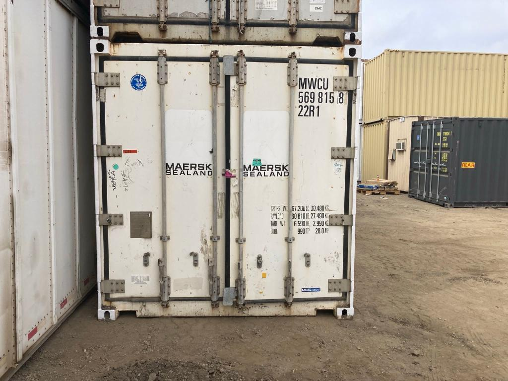 Salvage cars for sale from Copart Hayward, CA: 2001 Carry-On Rfrig 8.5'