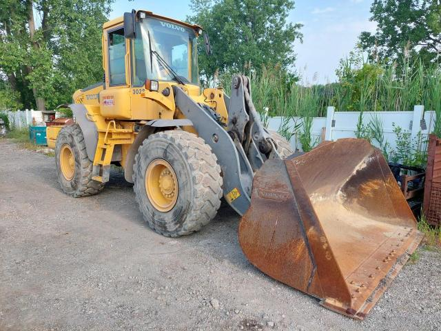 Salvage trucks for sale at Woodhaven, MI auction: 2005 Volvo Other