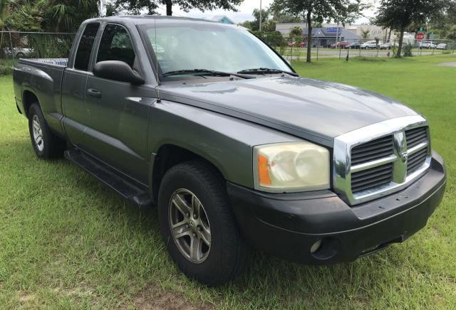 Salvage cars for sale from Copart Ocala, FL: 2006 Dodge Dakota SLT