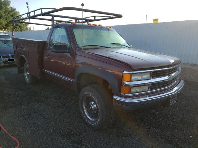 Salvage cars for sale from Copart New Britain, CT: 2000 Chevrolet GMT-400 K3