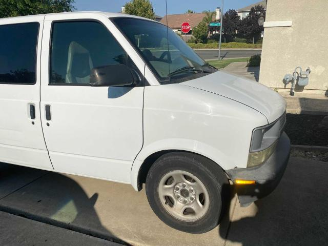 Salvage 2003 CHEVROLET ASTRO - Small image. Lot 54231031