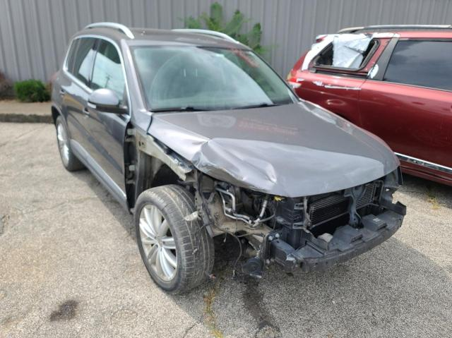 Salvage cars for sale from Copart Louisville, KY: 2013 Volkswagen Tiguan S