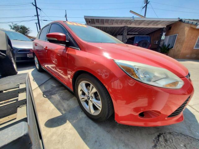 Salvage cars for sale from Copart Bakersfield, CA: 2014 Ford Focus SE