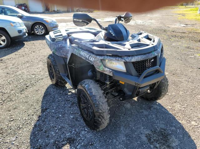Salvage cars for sale from Copart Central Square, NY: 2015 Arctic Cat 550 H1 EFI