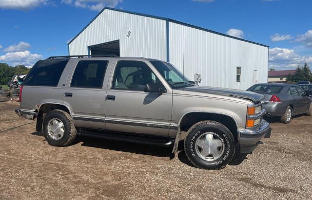 Vehiculos salvage en venta de Copart Avon, MN: 1998 Chevrolet Tahoe K150