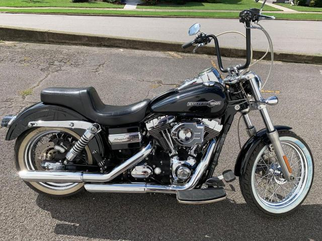 Salvage motorcycles for sale at Lebanon, TN auction: 2011 Harley-Davidson Fxdc
