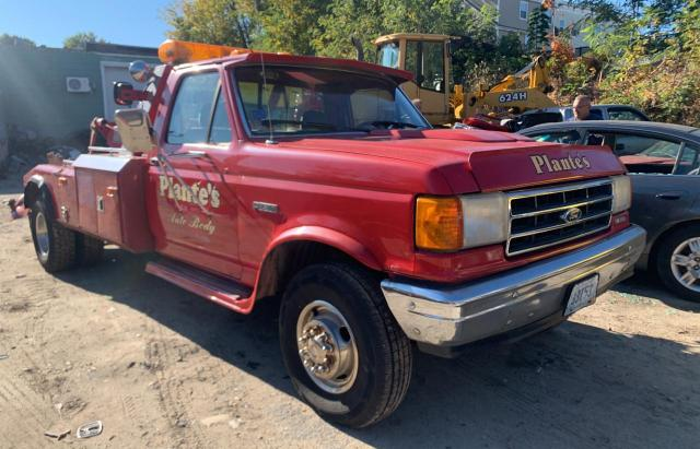Salvage cars for sale from Copart Mendon, MA: 1989 Ford F Super DU