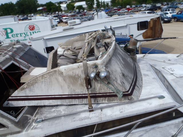 33G207 - 1968 PACE BOAT ONLY