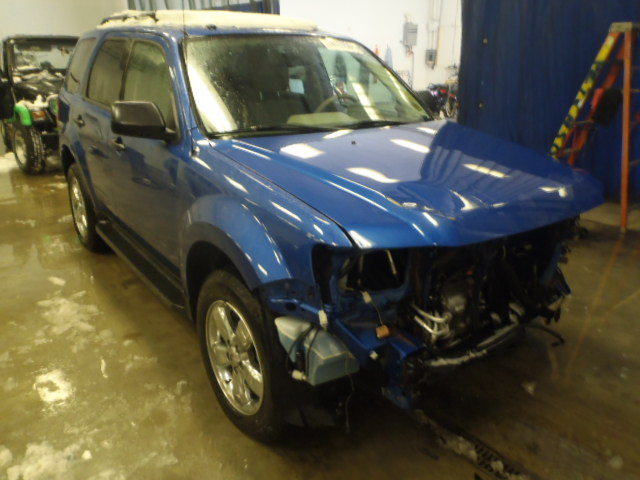 1FMCU0DG8BKB90254 - 2011 FORD ESCAPE XLT