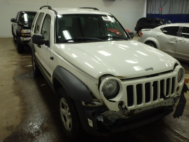 1J4GL48K57W675377 - 2007 JEEP LIBERTY