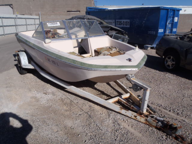 Salvage 1972 Boat MARINE TRAILER for sale