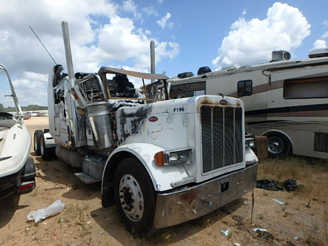 1XP5DB9X61N534726 - 2001 PETERBILT ALL MODELS
