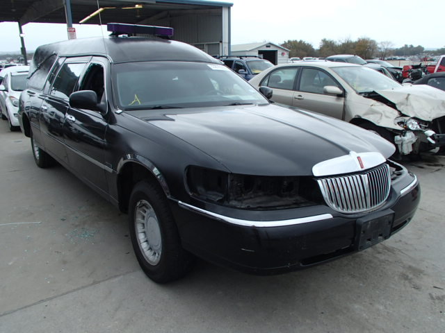 Auto Auction Ended On Vin 1ljfm81w1xy687076 1999 Lincoln Town Car E In Dallas Tx