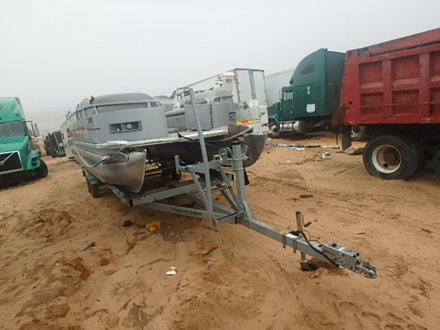 Salvage 2010 Encore MARINE TRAILER for sale