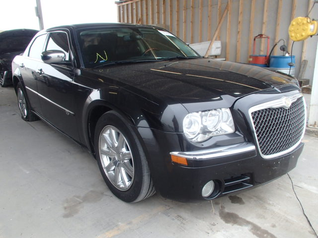 auto auction ended on vin 2c3ca6ct1ah239822 2010 chrysler 300c in tx dallas. Black Bedroom Furniture Sets. Home Design Ideas