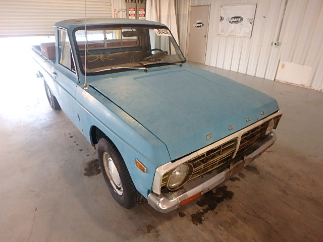 SGTAPY11550 - 1974 FORD COURIER