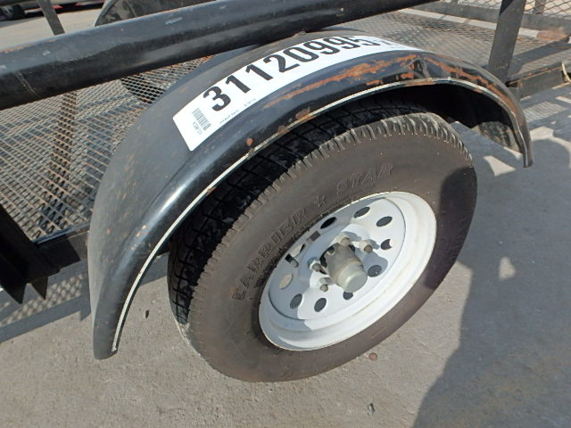 4YMUL1013FG012499 - 2014 UTILITY WHEELS front view