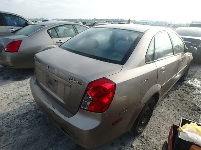 KL5JD52Z24K964942 - 2004 SUZUKI FORENZA S 2.0L rear view
