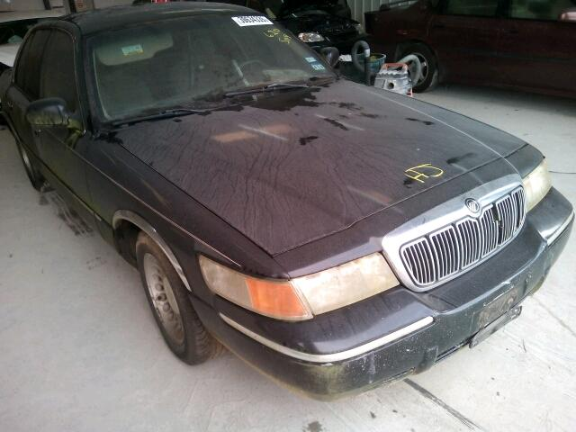 Salvage 2000 Mercury MARQUIS for sale