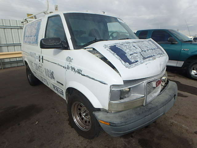 1GTDM19W51B522745 - 2001 GMC SAFARI