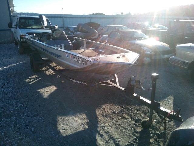 Salvage M | 1992 Bass Boat